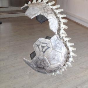 2018-Ballon-vertebre-2--cuir-resine-polyurethane-resine-polyester