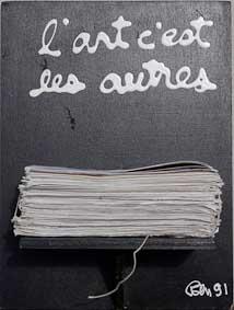 2241 [L'ART C'EST LES...] 1991 Acrylique et objet sur bois 30 x 40 x 21 cm ©PN B